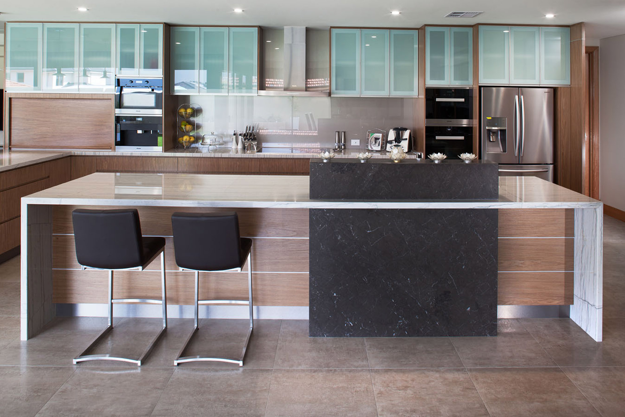 a porcelain stone display kitchen and tiles