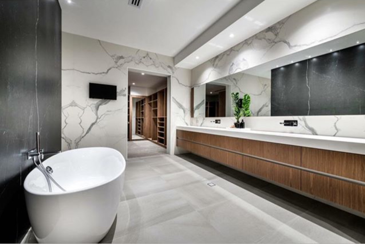 marble porcelain bathroom and feature wall
