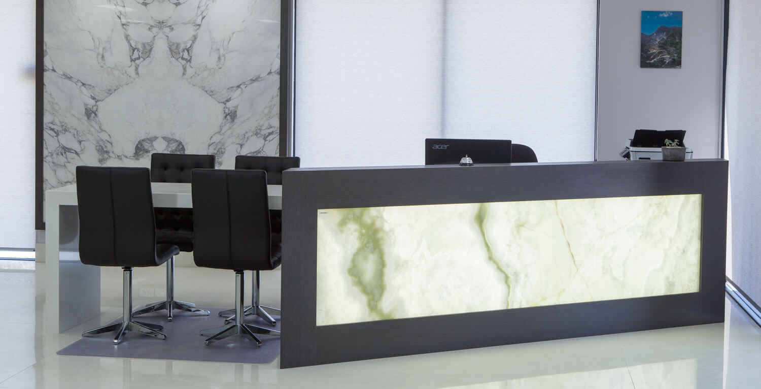 bravvo-perth-marble-stone-showroom-wall