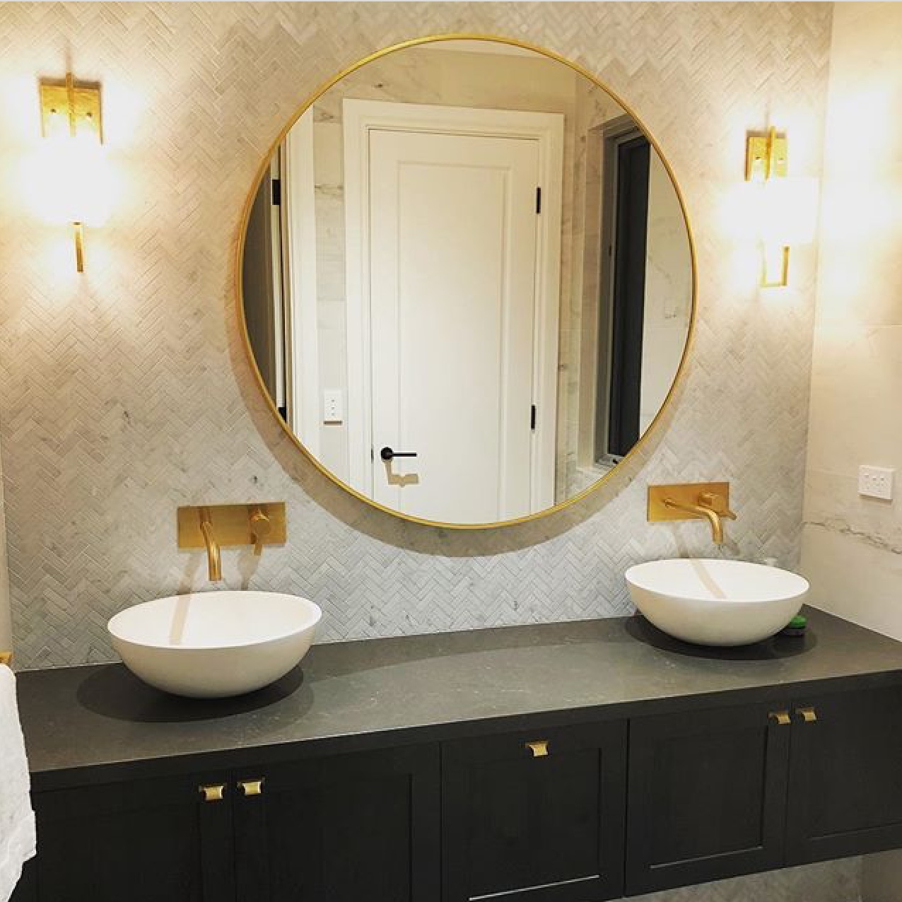 bravvo benchtop bathroom gold mirror