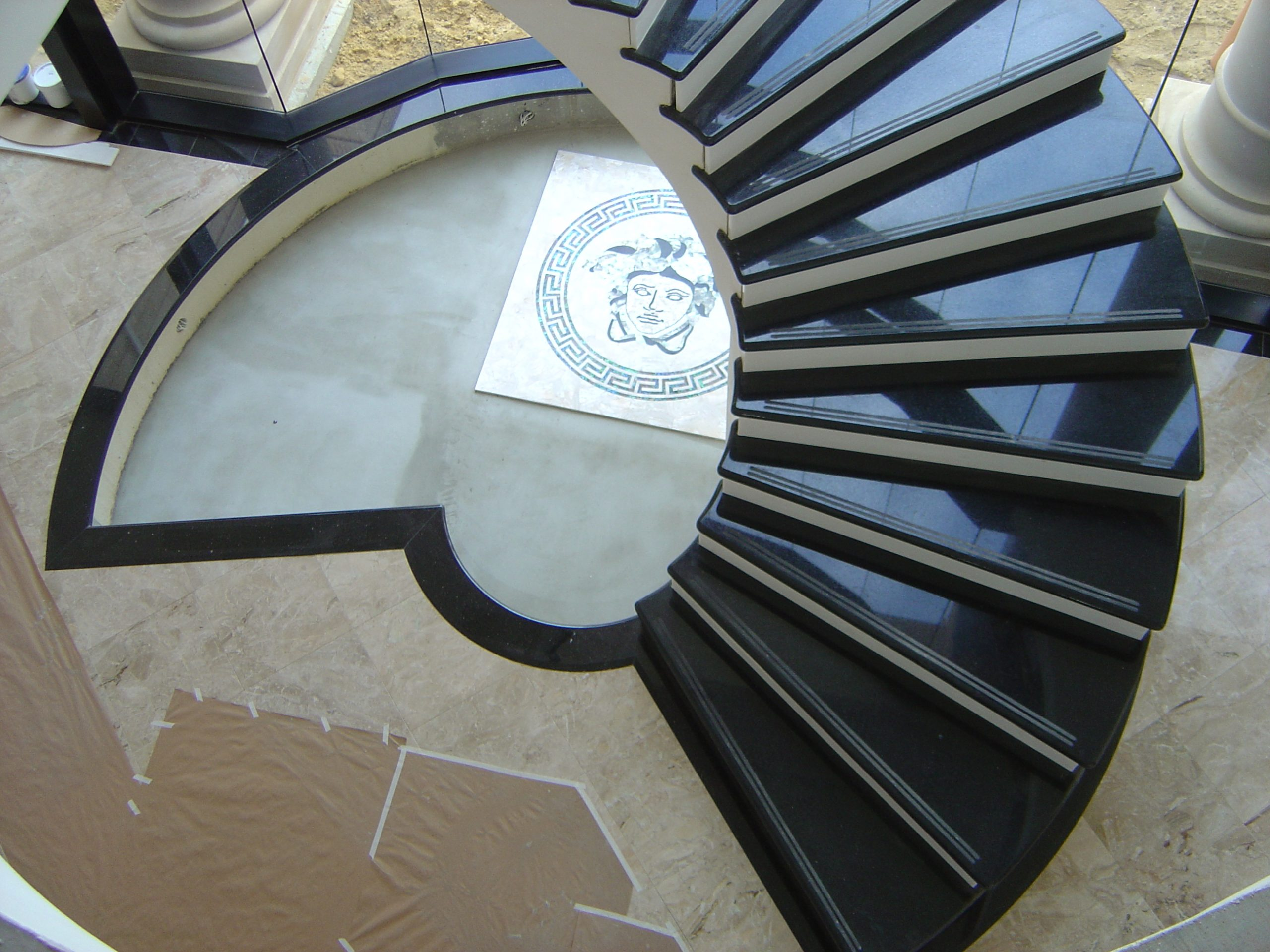 bravvo porcelain stone scaled stairs