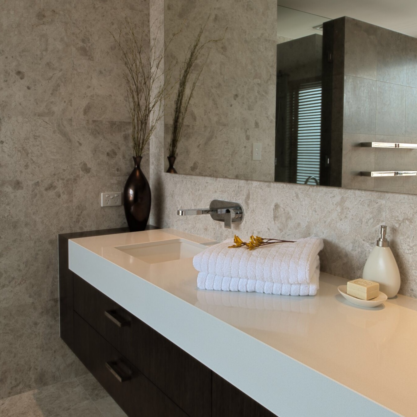 stone porcelain bathroom benchtop splashback